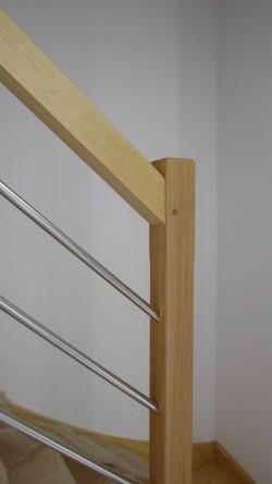 Rampe d'un escalier avec lisses inox - Bernard Fromentoux.jpg
